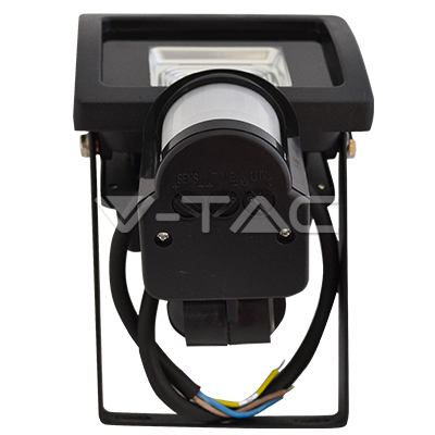 светодиоден прожектор с датчик за движение и рефлектор